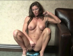 Ariel uses a rope to stimulate her nipples and pecs, as well as her clit