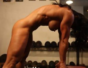 Women naughty muscle