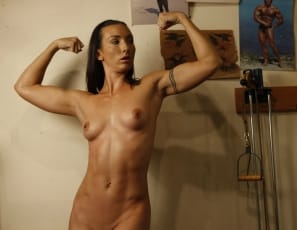 Wenona nude female bodybuilder