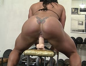 Bella Monet nude female bodybuilder
