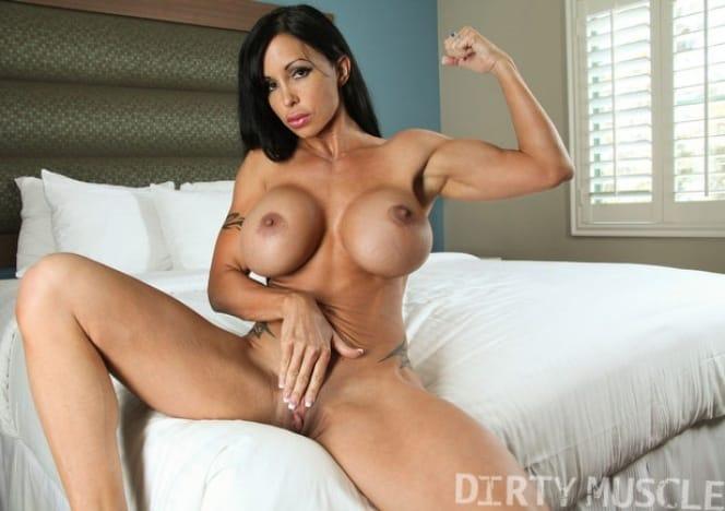 Nude Femuscle 21